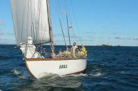 Яхта Ника на дистанции